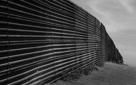 1200px-Us-mexico_border_at_Tijuana_orig_c.jpg