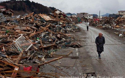 AlertNet-03-16-Japan-05.jpg