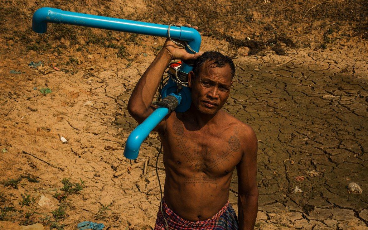 Cambodia_Im_Dein__pump.jpg