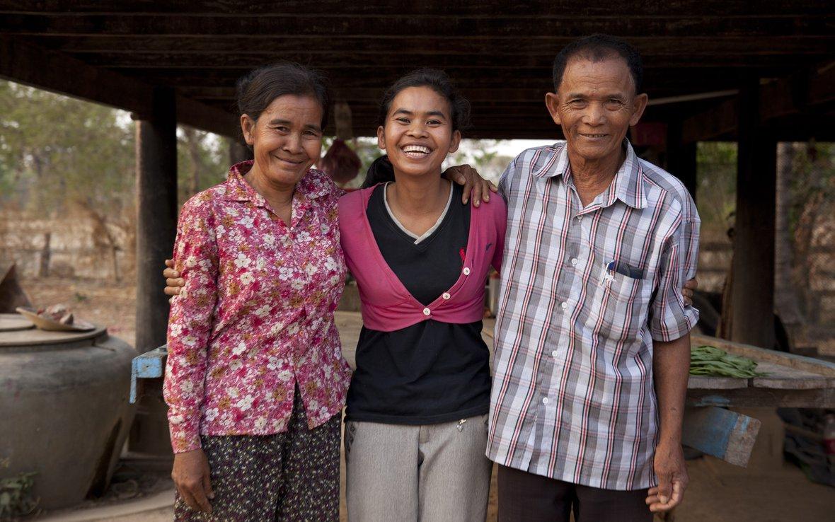 Cambodia_Phaly_family__SRI_51374.jpg