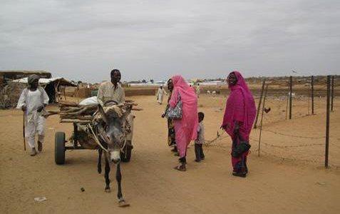 Copy of Sudan-Mending-torn-fabric-donkey-cart lead image-Sept-2010