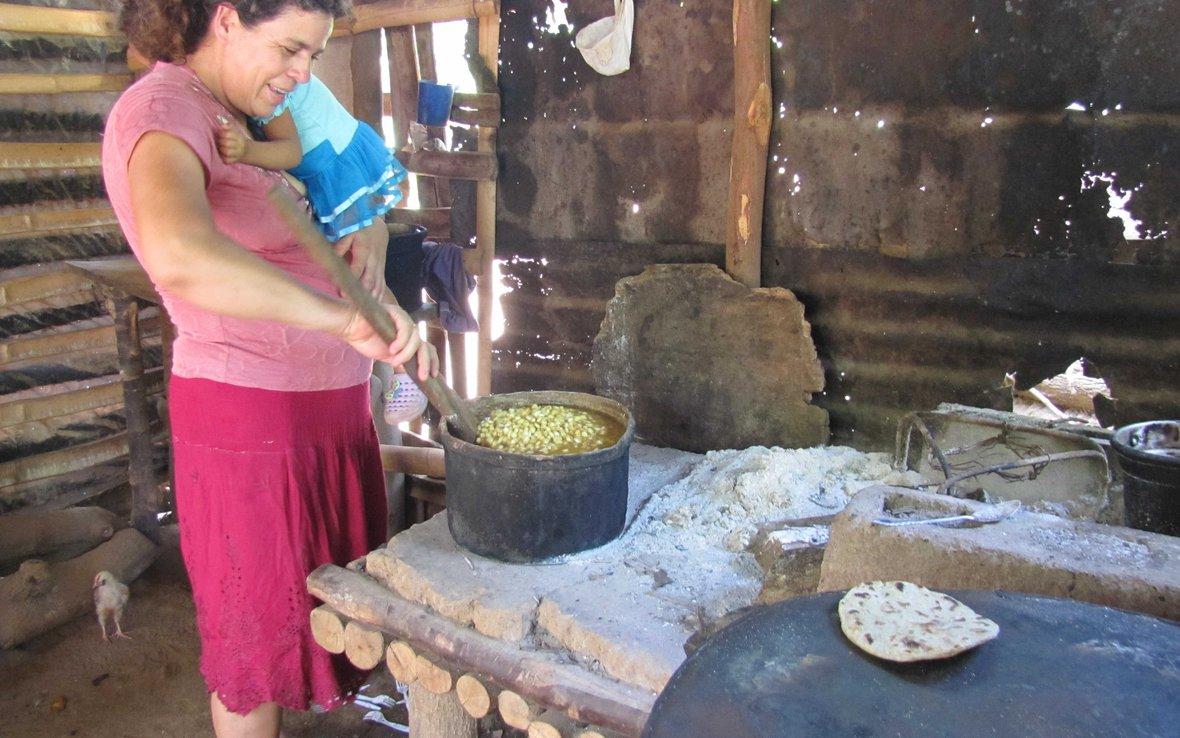 El_Sal_drought-cooking.JPG