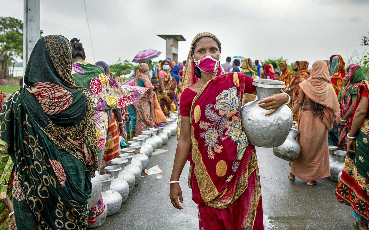 Bangladesh_water_Amphan.jpg