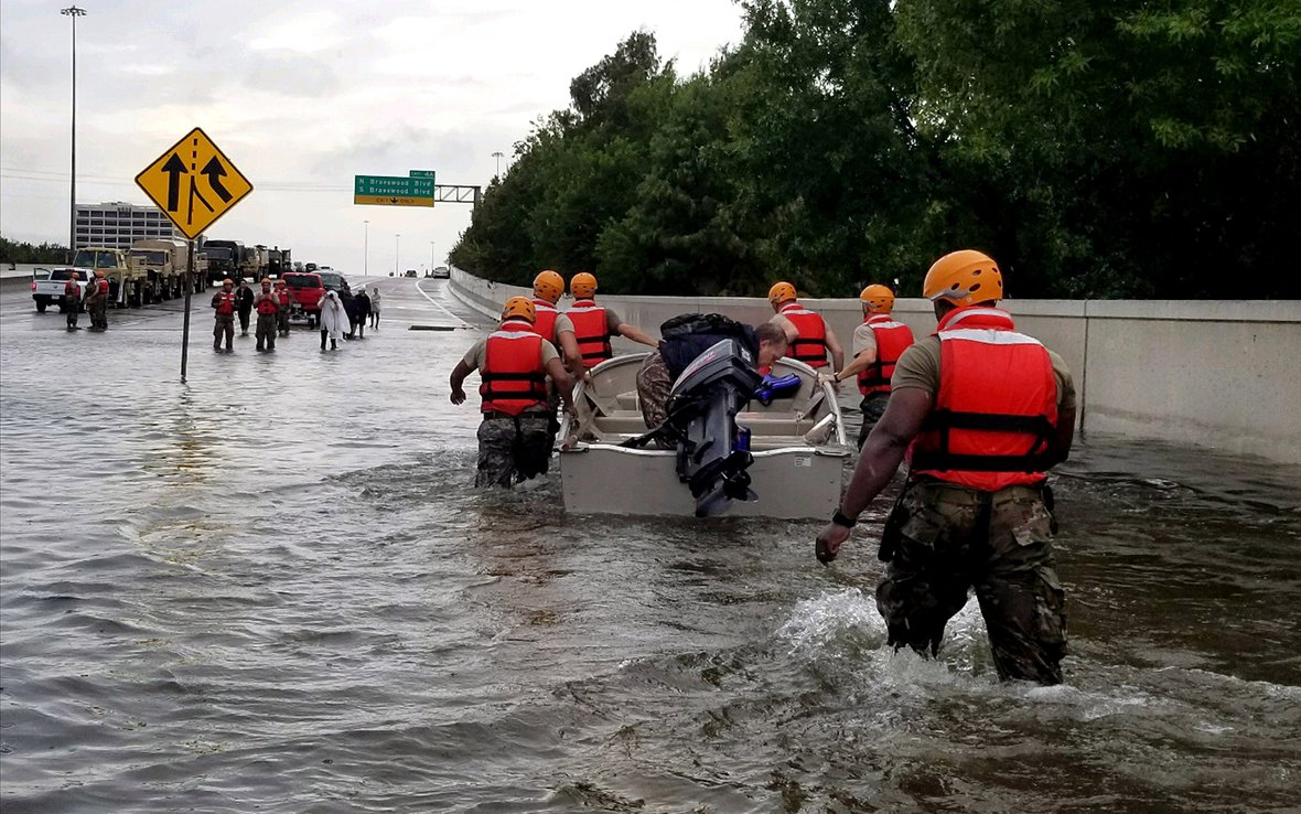 Hurricane-Harvey-Texas-Army-National-Guard-response_2.jpg