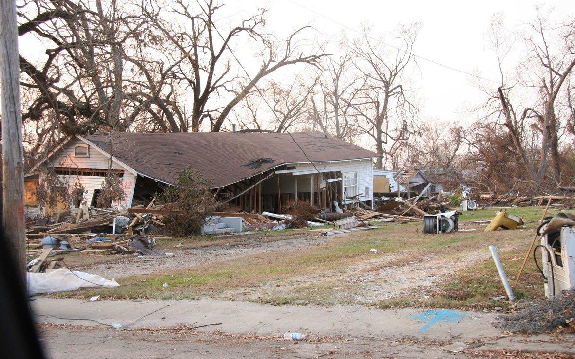 Katrina-damaged-house.jpg
