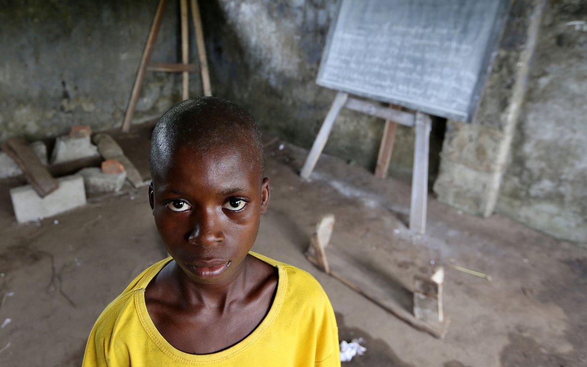 Nigeria-boy-at-shcool-ei-ous-50318.jpg