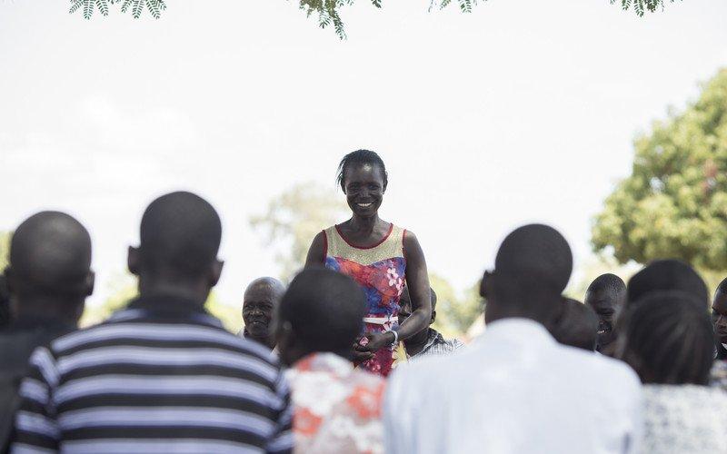 OUS_52998_quimvives_aid_hero_uganda_0042_E28A1472-scr_orig_c.jpg