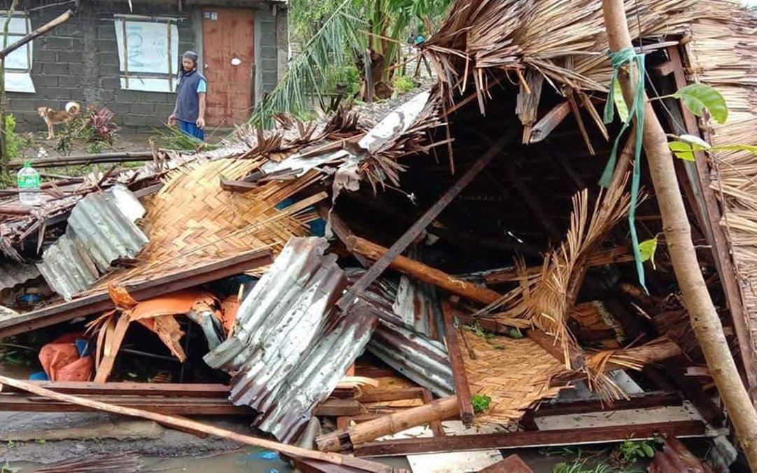 PHL_damagedhome_bicol.jpg