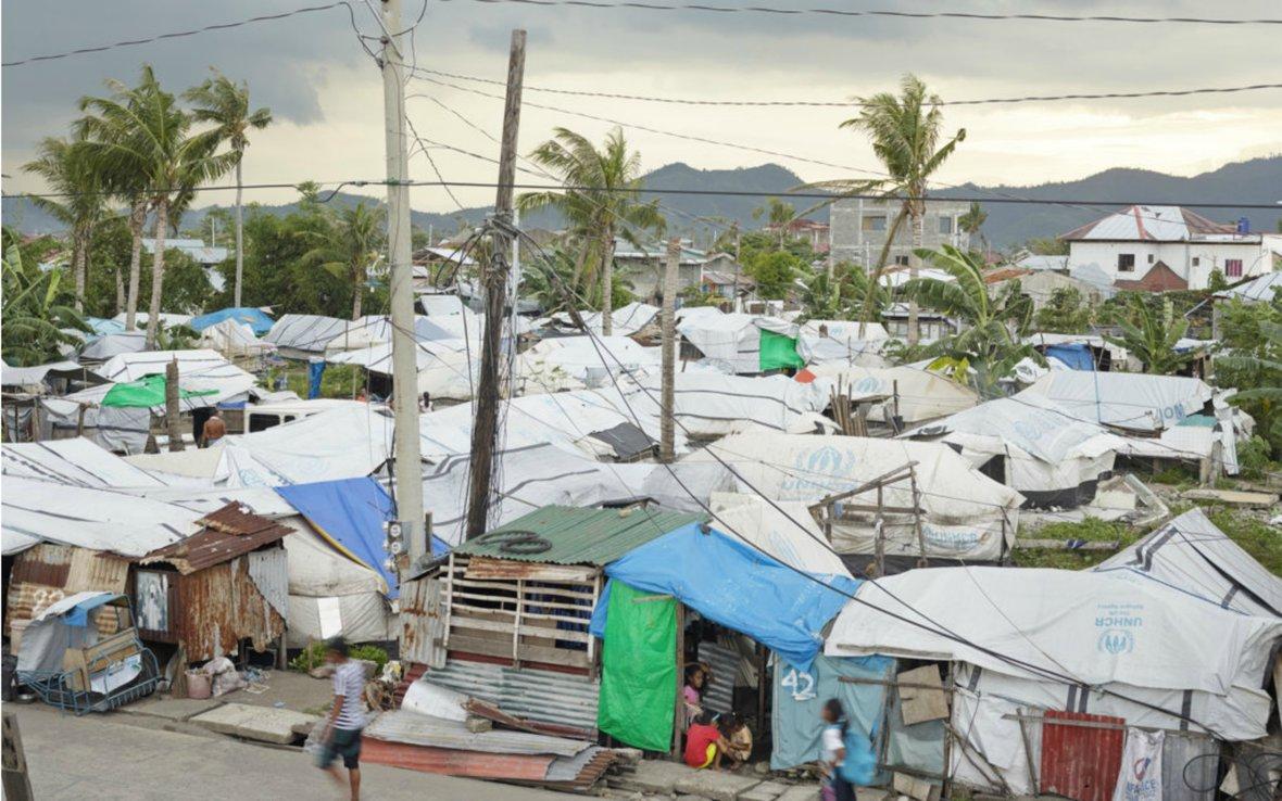 Philippines-typhoon-tents-ogb-89355.jpg