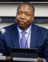 Photo of Dr. Tawanda Mutasah