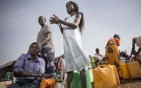 South-Sudan-Sisters-Washing-Clothes-OGB_85649.jpg