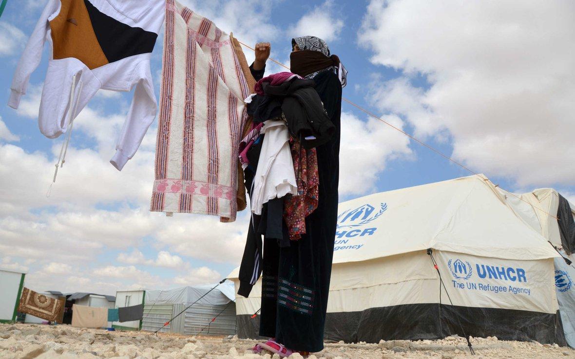 Syria-Woman-Refugee-Camp-Jordan-84845-2440w.jpg