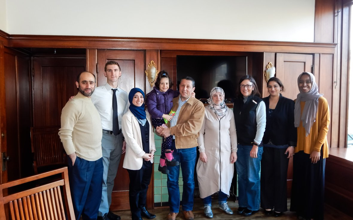 Syrian_family_meets_with_congress_stafferDSCN1307b.jpg