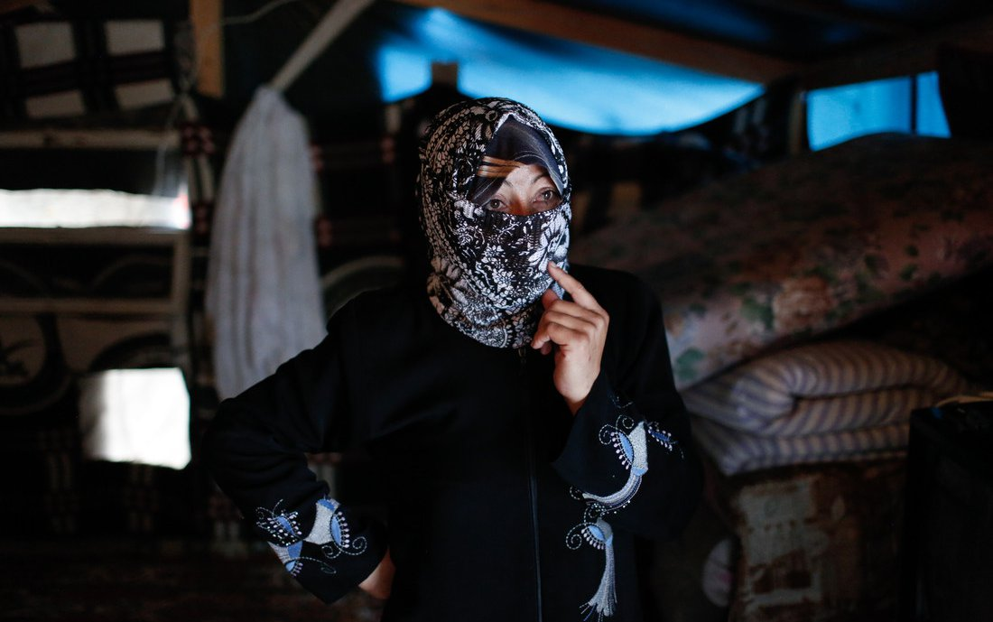 Winter-tent-Lebanon-Syria-crisis_MGL1600-scr.jpg