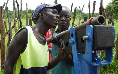 borehole-repair-in-mudzi.jpg