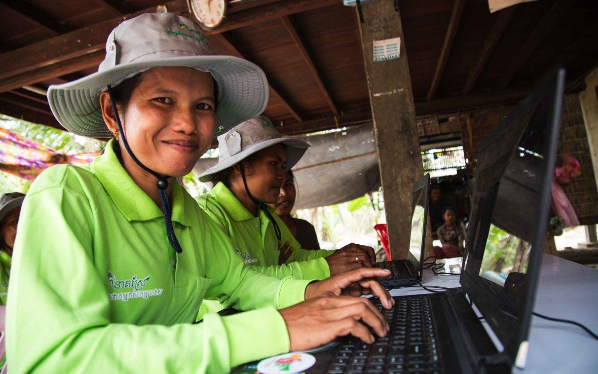 cambodia-internet-oxfam-99A3708.jpg