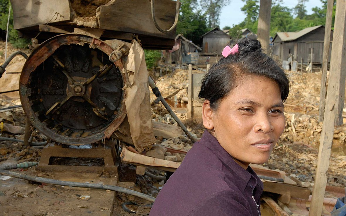 cambodia-mining-ous-13468.jpg
