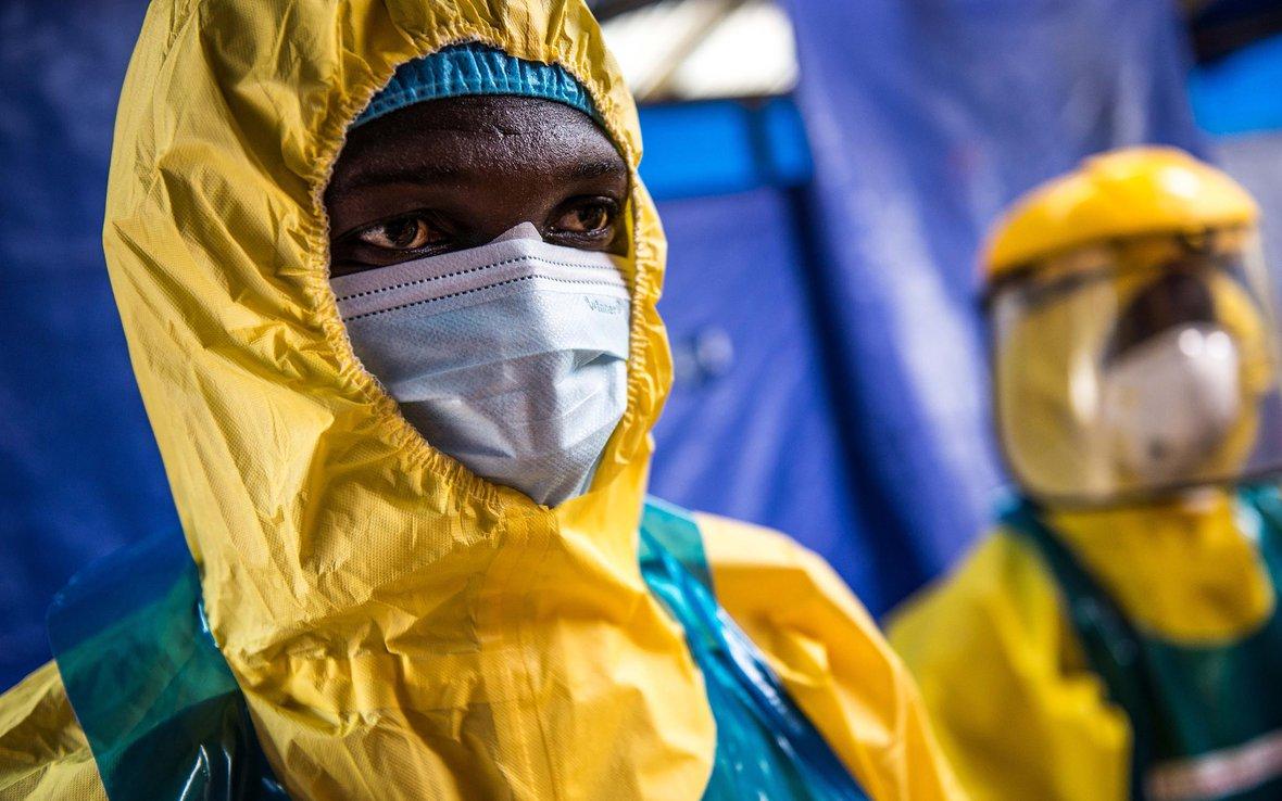 ebola-health-worker-holding-center-sierra-leone-OGB-89078.jpg
