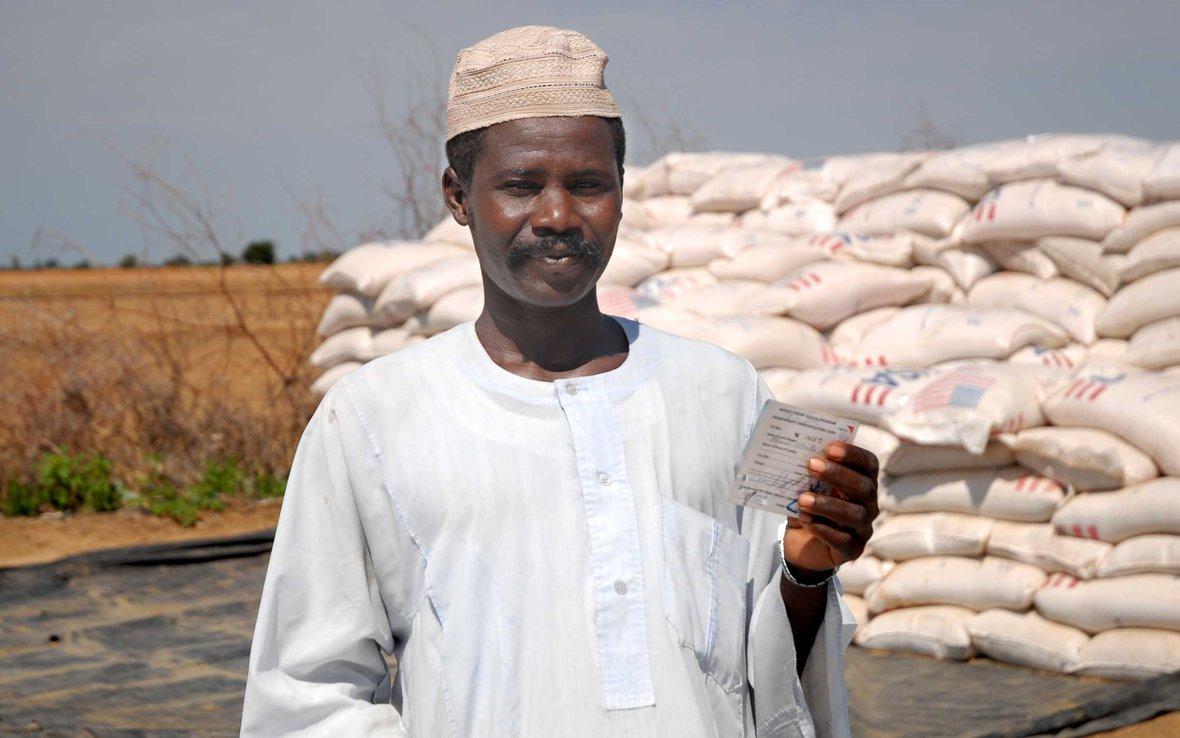 food-aid-distribution-kalma-sudan-ous-1216-web.jpg