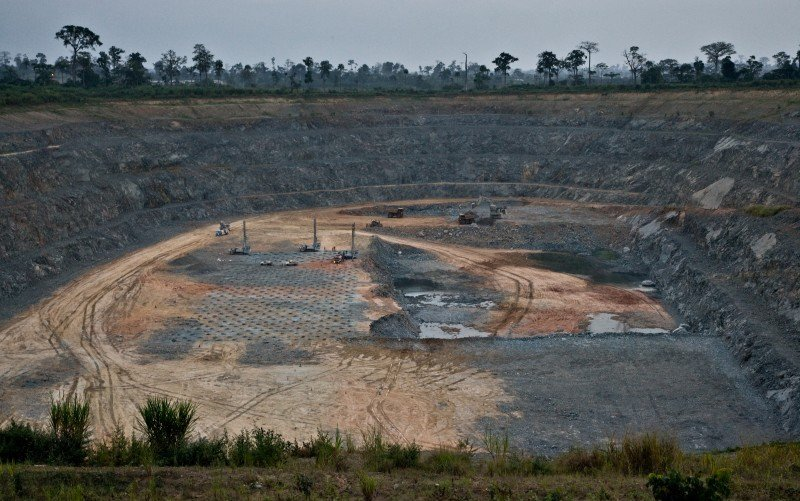 ghana-mining-pit