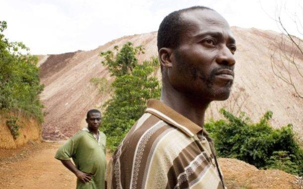 men-mine-ghana-ous-830_610x381.jpg