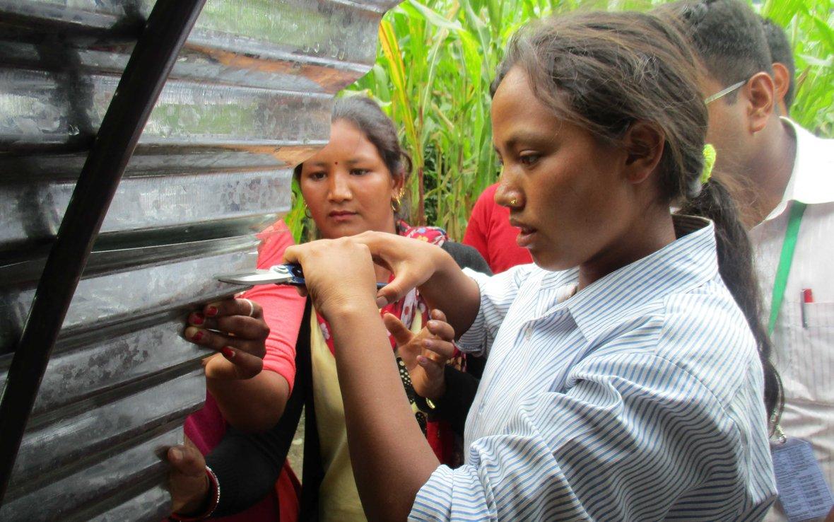 nepal-women-shelter-oxfam-93560_-web.jpg