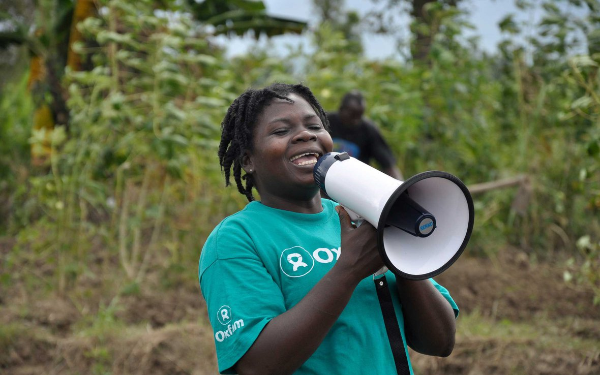 public-health-promoter-cholera-prevention-haiti-ous-39308.jpg