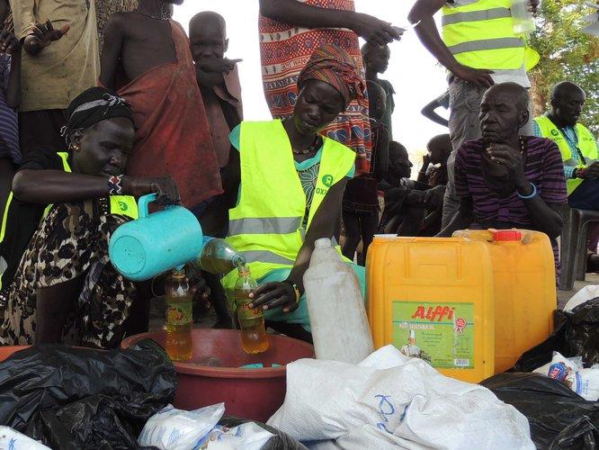 south-sudan-food-distribution-oxfam105476_-web.jpg