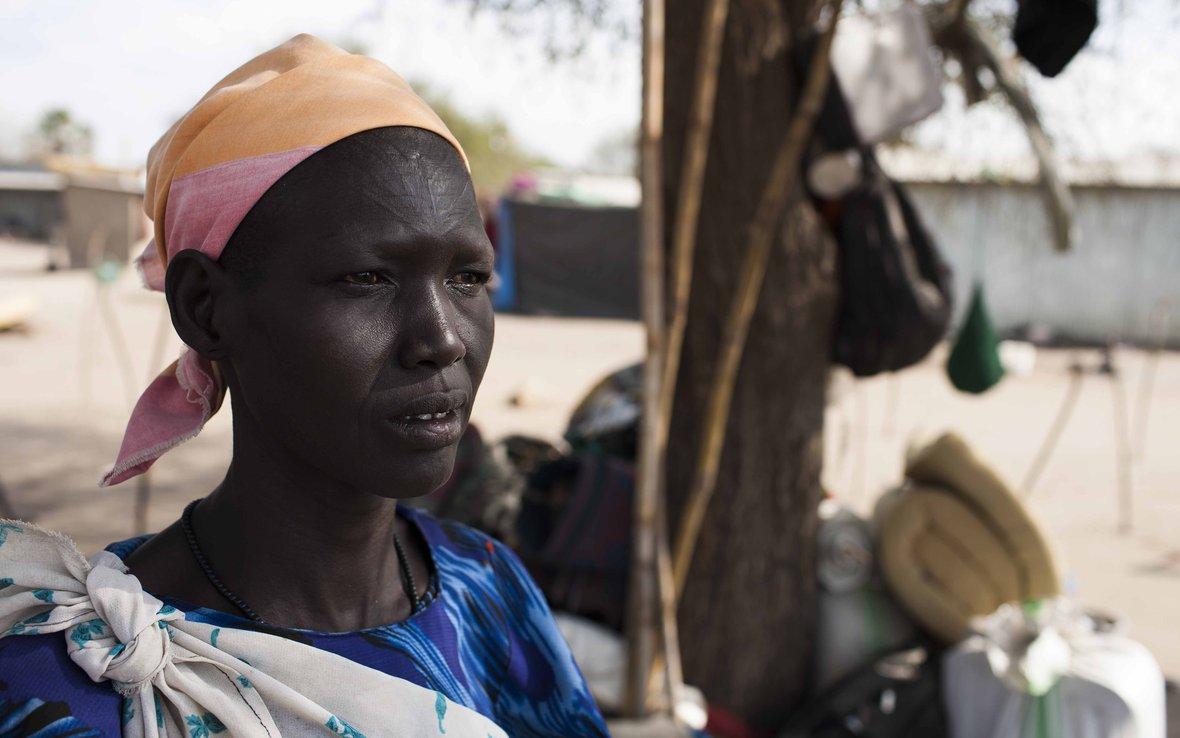 south-sudan-woman-OGB_85519.jpg