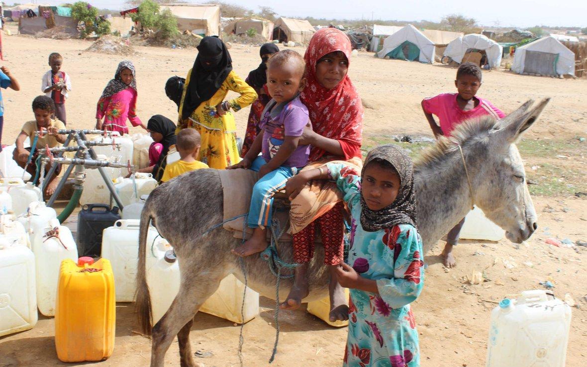 yemen_water_oxfam_IMG_1114_-web.JPG
